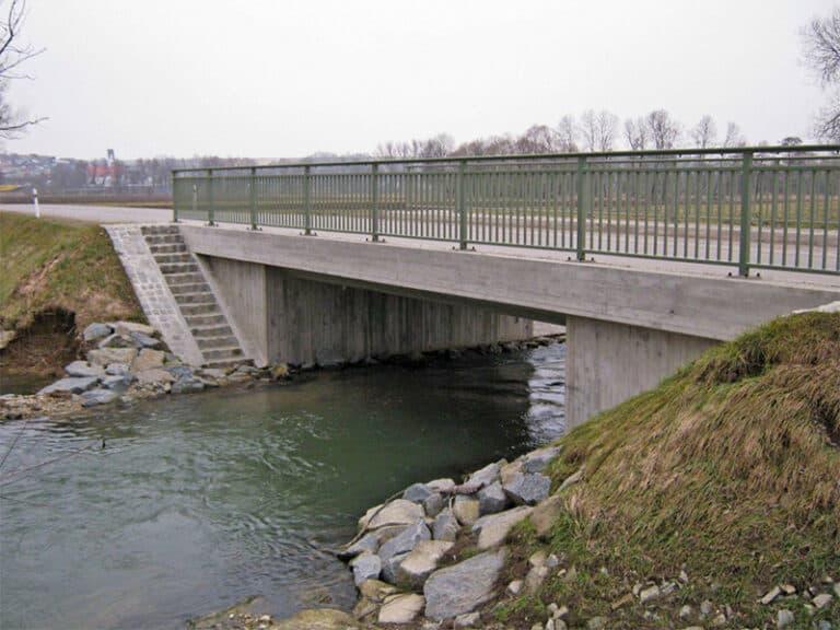 Gemeindeverbindungsstraße B388 – Neuaich mit Brücke