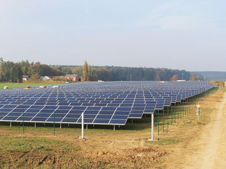 Photovoltaikanlage Fasanerie Adelschlag (Konversionsfläche)